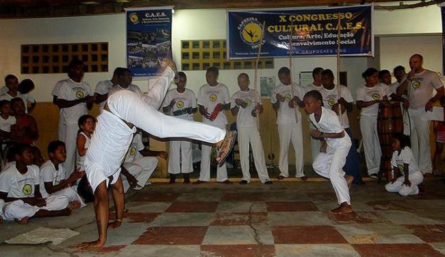 Alunos da Associação Cultural Capoeira Escola fazem apresentação em Itajuípe - Foto: Divulgação