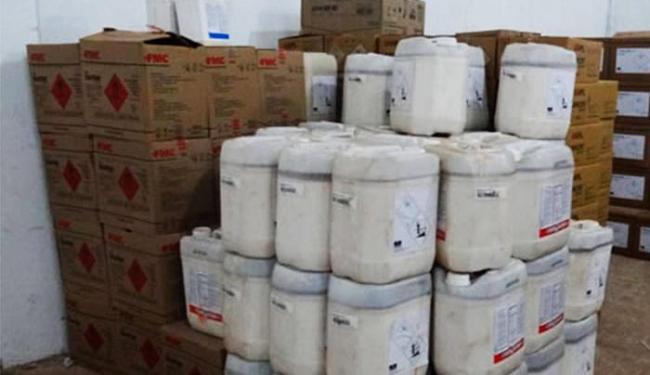 Carga contém mais de uma tonelada de defensivos agrícolas e 8 mil litros de produtos químicos - Foto: Divulgação | Polícia Civil