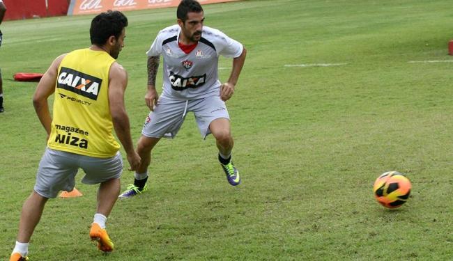 Maxi e Escudero brincam de 'bobinho' em treino na Toca - Foto: Margarida Neide | Ag. A TARDE