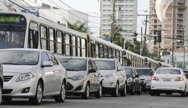 Carros terão sentido único na Av. Paulo VI - Foto: Lúcio Távora | Ag. A TARDE