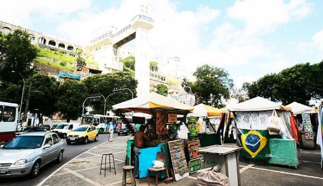 Desocupação da área é por conta das obras de requalificação do Comércio - Foto: Fernando Vivas/Ag. A Tarde