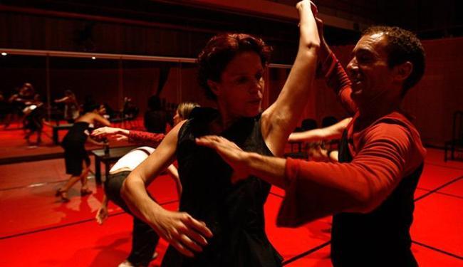 O projeto une dança ao teatro, à música, à instalação e à performance - Foto: Lúcio Távora | Ag. A TARDE