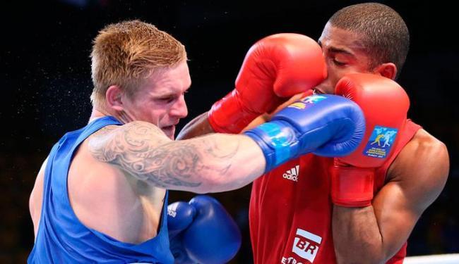 O lutador baiano superou o lituano Evaldas Petrauskas em decisão dividida dos árbitros - Foto: Nikita Bassov | AIBA World Boxing