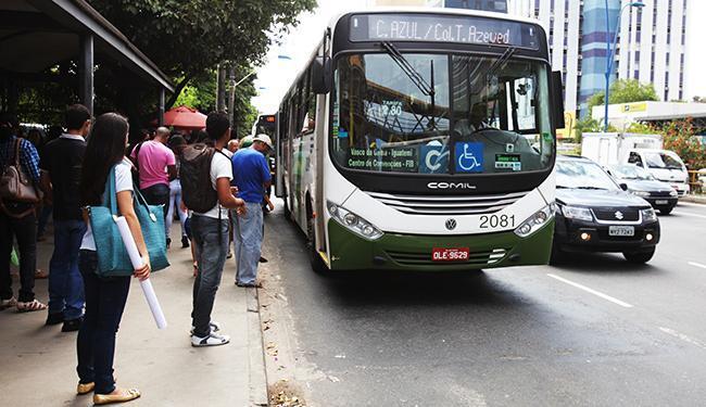 Candidatos contarão com frota máxima de 928 veículos coletivos - Foto: Edilson Lima/ Ag. A TARDE