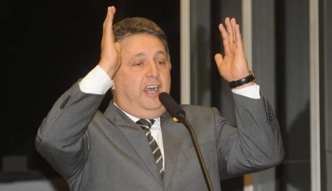 Deputado diz que proposta deverá ser aprovada independentemente do apoio de Roberto Carlos - Foto: José Cruz/ABr