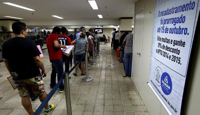 Nos SACs, o horário vai até o encerramento do expediente, às 20h - Foto: Eduardo Martins | Ag. A TARDE