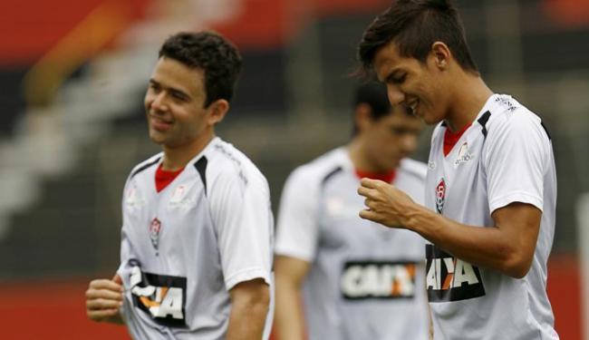 A lateral-esquerda, setor órfão no início da temporada, tem duas boas opções - Foto: Marco Aurélio Martins | Ag. A Tarde