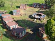 Quartos-favela em hotel luxuoso da África do Sul