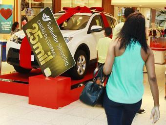 Shopping já expõe os veículos que serão sorteados - Foto: Joá Souza | Ag. A TARDE