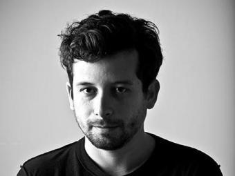 Escritor J.P. Cuenca vai apresentar trechos de suas obras - Foto: Divulgação | Jorge Bispo