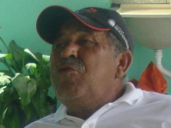 O sindicalista foi encontrado e retirado pelo filho da piscina, mas já estava morto - Foto: Reprodução