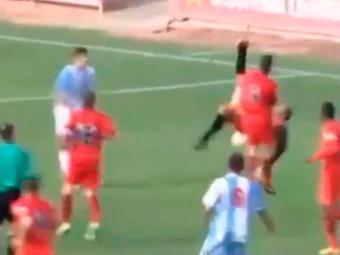 Ousadia do goleiro evitou a derrota do time nos minutos finais - Foto: Reprodução