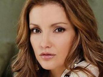 Karla Álvarez nasceu em 15 de outubro de 1972 - Foto: Reprodução   Televisa