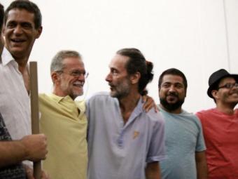 Imagem de músicos que participaram do concerto Lembrando Smetak, realizado na Reitoria da Ufba - Foto: Lívia Cunha  Divulgação