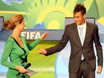 A apresentadora já havia participado do sorteio para os grupos das eliminatórias - Foto: Fabio Motta l Estadão Conteúdo