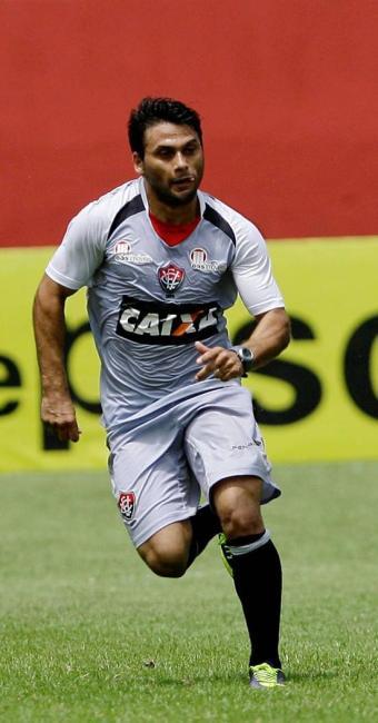 Maxi Biancucchi participou bem do treinamento e deve ser opção no jogo contra a Ponte Preta - Foto: Marco Aurélio Martins | Ag. A TARDE