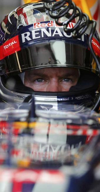 Vettel foi o mais rápido nos treinos livres desta sexta - Foto: Adrees Latif | REUTERS