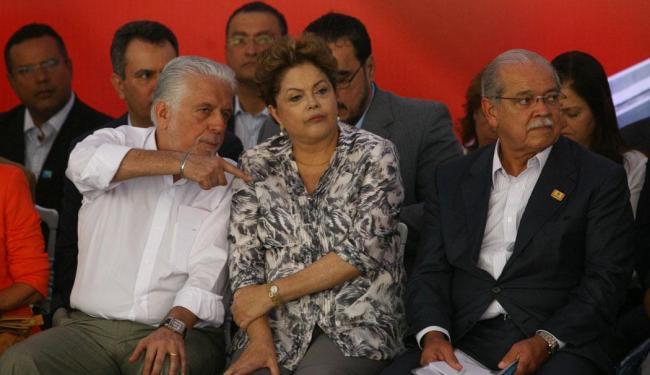 Wagner, Dilma e César Borges na inauguração da Via Expressa - Foto: Lúcio Távora   Ag. A TARDE