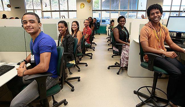 Candidatos aprovados na seleção vão trabalhar na nova unidade da Contax na Bahia - Foto: Mila Cordeiro| Ag. A TARDE