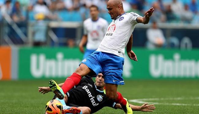 Souza não fez uma boa partida e foi substituído por Talisca - Foto: Nabor Goulart l Ag. Free Lancer l Estadão Conteúdo