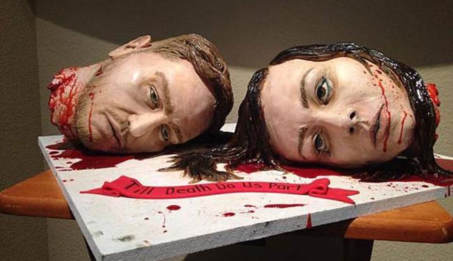 Expressões do rosto dão realismo às cabeças no bolo - Foto: Reprodução | Facebook