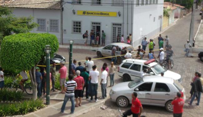 Assalto ao BB de Mucugê foi violento e feriu três pessoas - Foto: Deodato Alcântara | Ag. A TARDE