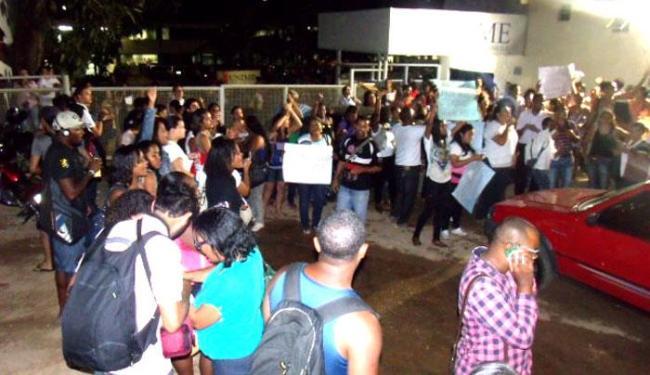 Mobilização reúne alunos de diversos cursos da instituição - Foto: Foto | Ricardo Figueredo