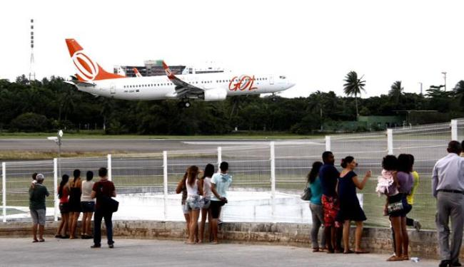 Ao todo, onze voos (quatro chegadas e sete partidas) serão afetados - Foto: Joá Souza   Ag. A Tarde