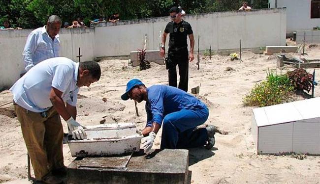 Polícia pediu a exumação do corpo da criança após desconfiar da morte do menino - Foto: Reprodução | Liberdade News