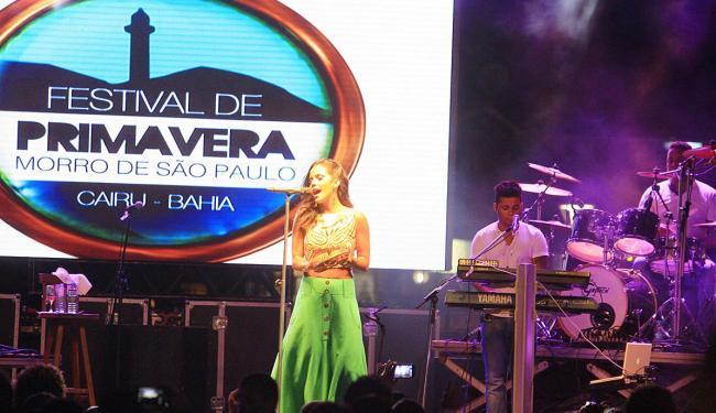 Ju Moraes abriu o primeiro dia de shows do festival - Foto: Joá Souza | Ag. A TARDE