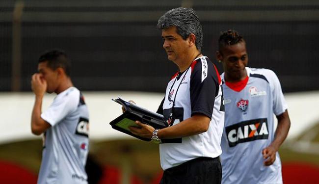 Ney Franco está fazendo um ótimo trabalho no Vitória, com chances ainda de levar time à Libertadores - Foto: Eduardo Martins | Ag. A TARDE