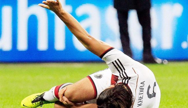 Khedira se machucou durante amistoso com a Itália - Foto: Agência Reuters