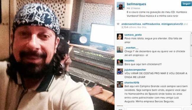 Bell Marques postou uma imagem preparando o primeiro cd solo da carreira - Foto: Reprodução | Instagram