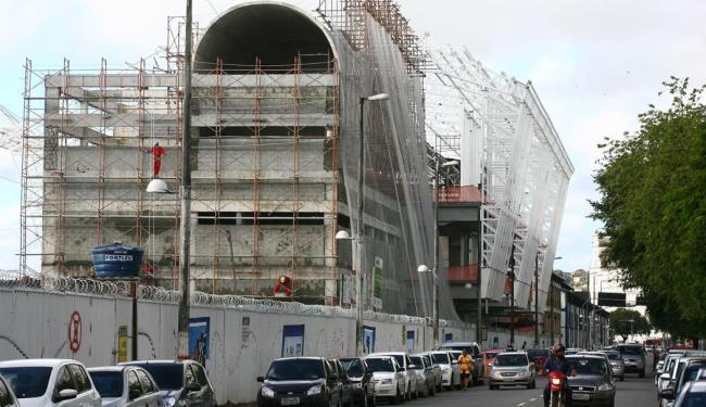 Obras no porto de Salvador são exemplo de investimento para Copa do Mundo de 2014 - Foto: Fernando Amorim | Ag. A TARDE