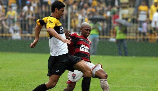Pior lembrança do Leão foi derrota por 6 a 0 para o Tigre na Série C de 2006 - Foto: Edmar Melo/Ag. A Tarde
