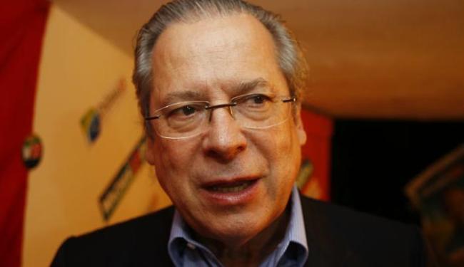 O ex-ministro da Casa Civil José Dirceu impõe a disciplina na prisão - Foto: Lúcio Távora | Ag. A TARDE