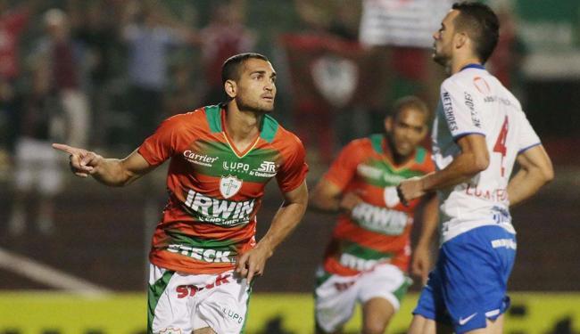 Times se enfrentaram no primeiro turno e a Portuguesa bateu o Bahia por 4 a 2 no Canindé - Foto: Marcos Bezerra | Futura Press