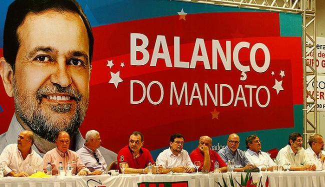 O senador Walter Pinheiro ecebeu apoio dos aliados do PP, PDT e PTB - Foto: Fernando Vivas | Ag. A TARDE