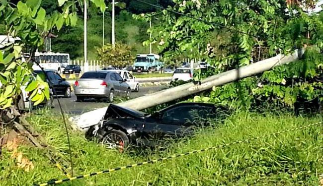 Acidente aconteceu na Ligação Iguatemi-Paralela (LIP) - Foto: Lívio Pezzano   Foto Leitor