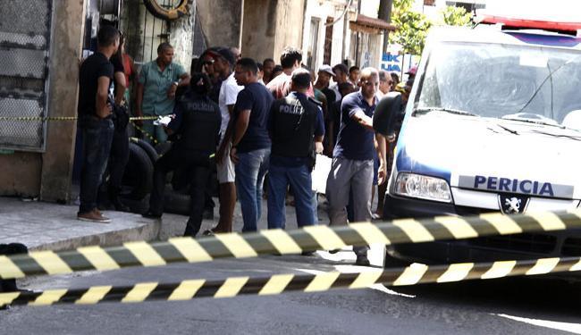 Em Salvador, redução dos crimes foi de 12%, segundo o governo do Estado - Foto: Joá Souza/ Ag. A TARDE