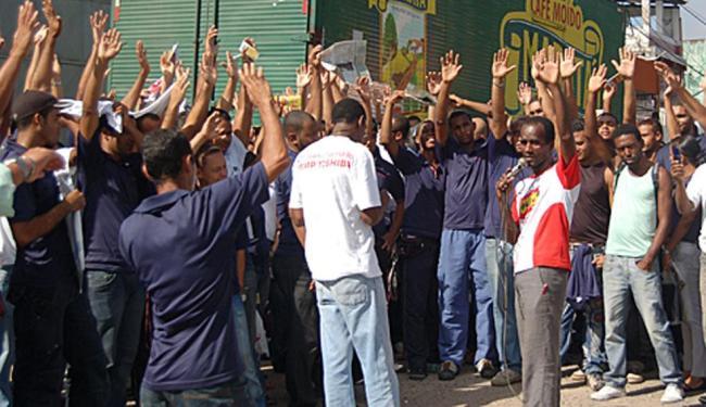 Trabalhadores da Semp Toshiba Informática da Bahia tentaram evitar fechamento, mas não conseguiram - Foto: Divulgação   CTB
