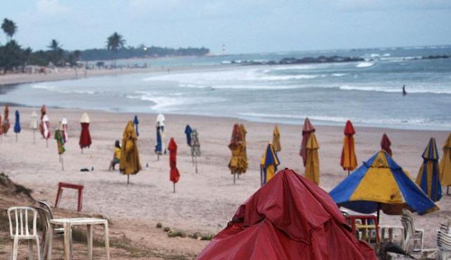 Inema não aconselha banho de mar em tempo chuvoso - Foto: Lúcio Távora | Ag. A TARDE