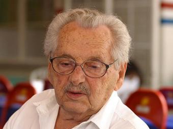Escritor de 91 anos teve falência múltipla de órgãos e morreu em casa na capital baiana - Foto: Xando P. | Ag. A TARDE