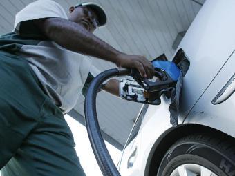Em Salvador, o preço médio do etanol é de R$ 2,175, com valor mínimo de R$ 1,91 e máximo de R$ 2,299 - Foto: Joá Souza   Ag. A TARDE