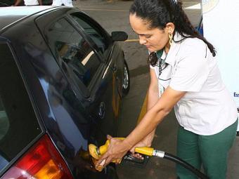 Preço médio da gasolina em Salvador é de R$ 3,040 - Foto: Fernando Amorim   Ag. A TARDE