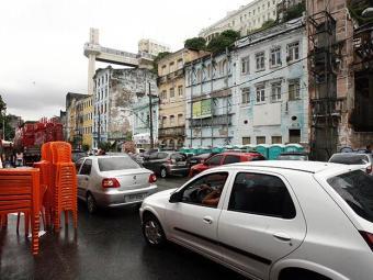 Contorno, ladeira da Conceição e marginal da Basílica serão bloqueadas até às 6h deste domingo - Foto: Luciano da Matta / Ag. A TARDE