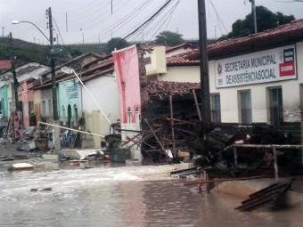 Chuva foi a causa de muitos desabamentos na região - Foto: Reprodução | Itaberaba Notícias