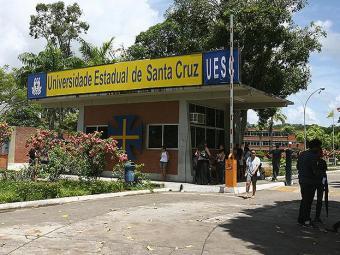 A Universidade Santa Cruz, em Ilhéus, é uma das quatro que paralisam as atividades - Foto: Joá Souza   Ag. A TARDE