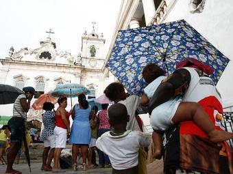 Santa Luzia: Fiéis festejam dia da