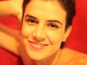 Mariana lança álbum Cavaleiro Selvagem Aqui Te Sigo - Foto: Divulgação   Agaar